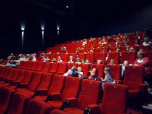 den dětí v kině