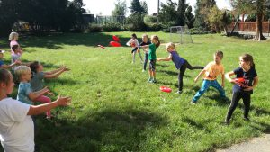 Tělesná výchova na školní zahradě