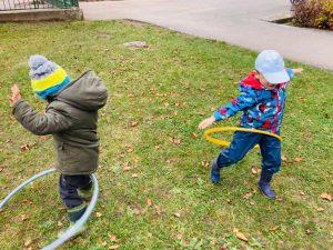 Soutěžíme a hrajeme si na zahradě