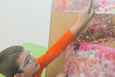 Naše první tvoření a hry s barvou